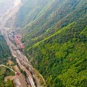 四川华蓥生态修复让矿区变景区