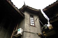 位于新南门王家坝的尹昌衡公馆,格局不大却极有价值,是成都市区目前尚存的较为完整的公馆之一,也是辛亥革命留给成都的记忆,弥足珍贵的地标式建筑。