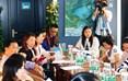 新华文轩零售负责人在新闻发布会上介绍即将开展的各项活动