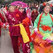 内江:群众文艺齐上阵 迎春游行年味浓